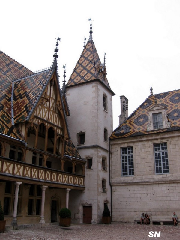 Beaune les hospices page 3 - Quoi visiter a beaune ...